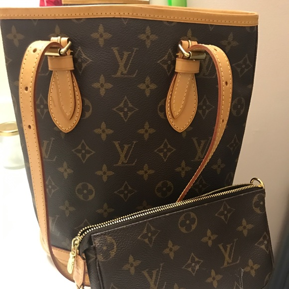 Louis Vuitton Handbags - Petite Louis Vuitton Bucket size 10x9x6""